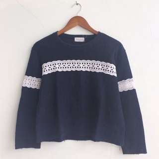 Sweater Lacey