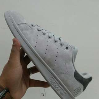 Adidas Stansmith Unauthorized Authentic