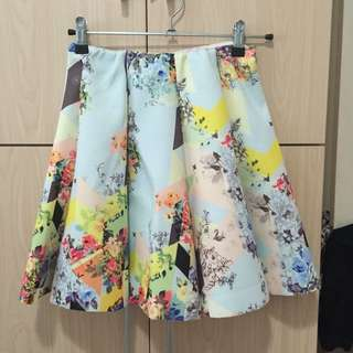 Floral flare skirt (almost new)