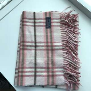 Burberry pink cashmere scarf