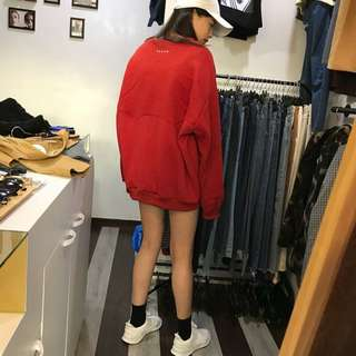 🚚 過年就要穿紅色 喜氣洋洋 oversize背後刺繡大衛衣