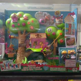 Lalaloopsy Tree House with Spot Splatter Splah & Patch Treasure Chest