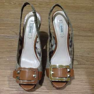🍃Authentic Guess Shoes