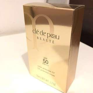 Clea De Peau Sunscreen SPF50+++