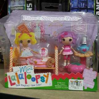 Lalaloopsy Mini Pillows Sleepover Party