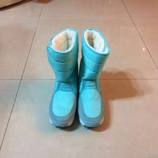 🚚 全新雪靴37號