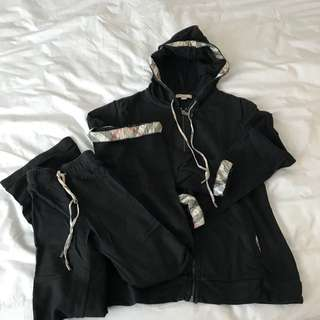 Burberry sweatshirt and sweatpants