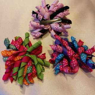 Colourful corker bows