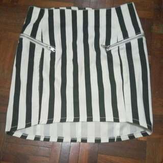 Clearance! BNWT H&M Striped Mini Skirt
