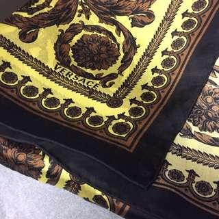 Versace 長方形絲巾/scarf 情人節禮物推介