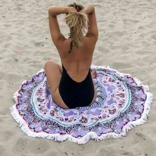 Round Beach Towel with Side Crochet Violet