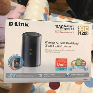 D-Link DIR 850L AC1200 Wireless DualBand Gigabit Cloud Router