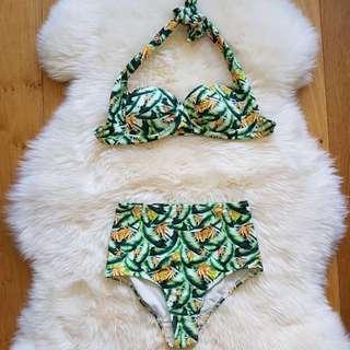BNWOT Atmos & Here Floral Bikini Set Size 6 & 8