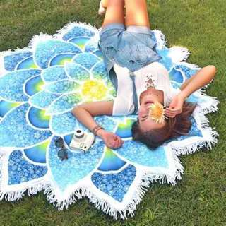Flower Shape Beach Towel Blue