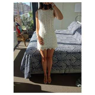 Tokito Dress - White, Very cute on, Size 8.