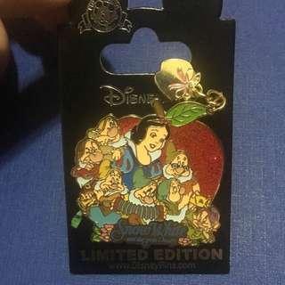 Disney pin LE
