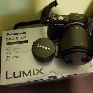 Panasonic GF5W lens kit