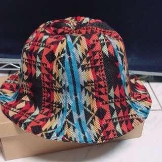 兩面造型漁夫帽$100