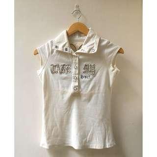 Kaos Berkerah Putih Wanita Motif Hati