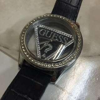 Guess手錶 環保價$250 正常使用痕跡 錶帶有磨損需更換
