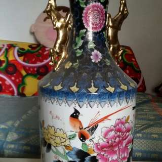 古董舊花瓶