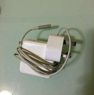 Apple computer Adaptor 45W