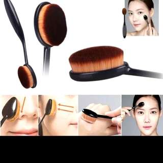 INSTOCK!!FREE NM+BLENDER PUFF~BN PRO MAC INSPIRED MASTERCLASS BRUSH/TOOTHBRUSH/OVAL COSMETIC TOOL ($5 for self collection)