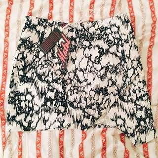Motel Rocks Suzi Skirt