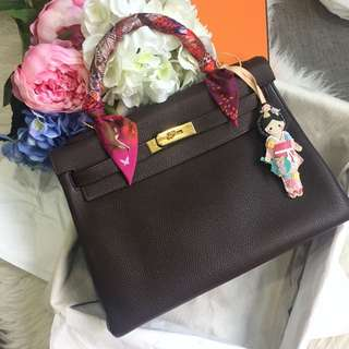 ⚡Excellent Deal!⚡ Full Set! Excellent Condition Hermes N Square Kelly 32 In Ebene Togo and Gold Hardware