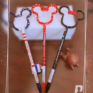 🚚 【現貨_香港迪士尼Disney】米奇米妮頭造型原子筆(任一款)裝飾 生日 禮物 擺飾 超好寫 中性 經典不敗款 情人節 尾牙