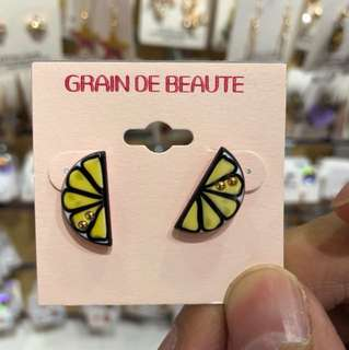 Grain De Beaute earrings
