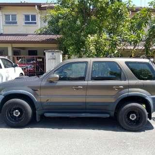 Ford Escape 2002   2.0 untuk detil pm no phone bole bincang dkt wassp