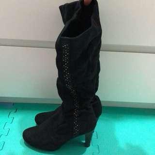 🚚 黑色長靴