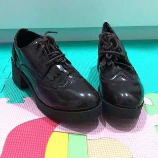 🚚 黑紅色牛津鞋