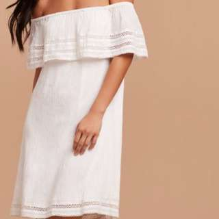 BNWT Aritzia Wilfred Emmie Dress- Small