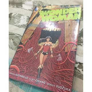 Wonder Woman - Volume 4 War (hardbound graphic novel)