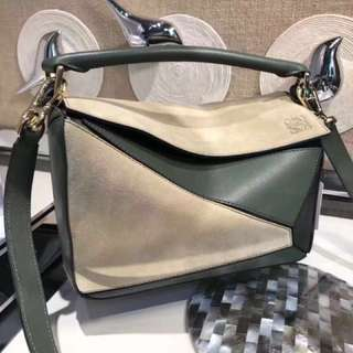 🎁🔥Lowew 細 Puzzle Bag (只有圖入面既顏色) 靚
