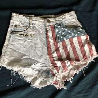 Sexy shorts denim