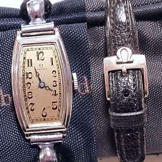 40年代 瑞士名牌 古董 亞米加 Vintage Omega Lady watch 機械上鍊 女裝腕錶: 極罕有Rare100% Original Dial 原裝錶面配上14K White Gold Filled Case包白金錶殼 (16mm x 22mm)及 全新古董錶帶連亞米加帶扣,運作正常。