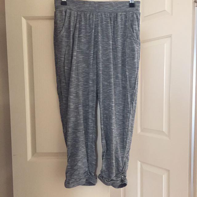 3/4 Activewear Pants