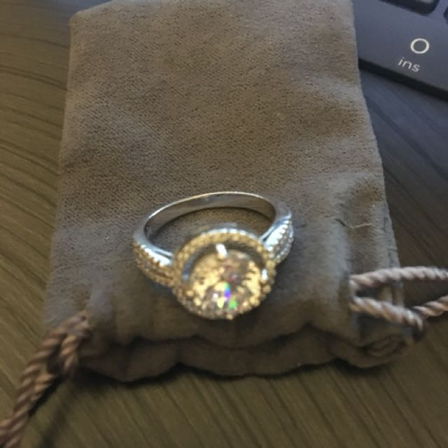 925 sterling silver cubic zirconia ring size 7