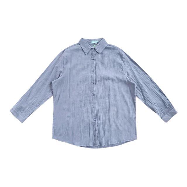 淺藍摺皺長袖襯衫