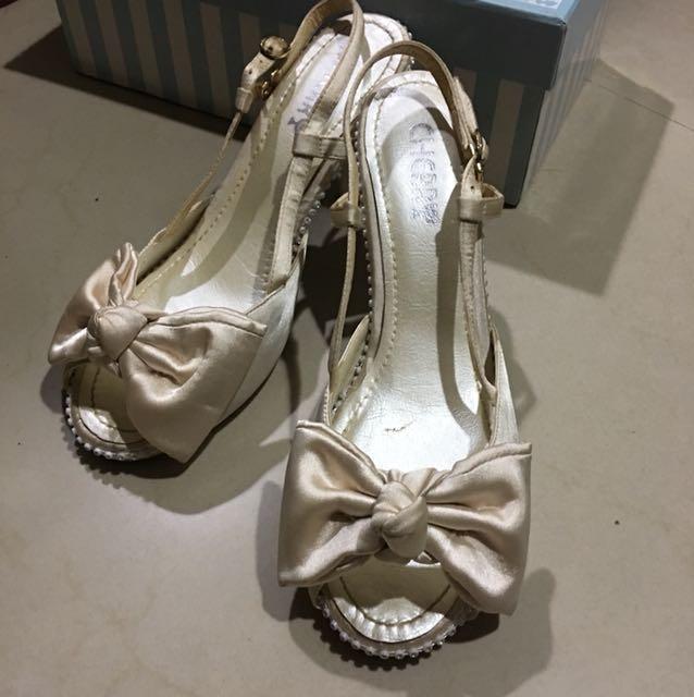 夢幻香檳白蝴蝶水鑽高跟鞋