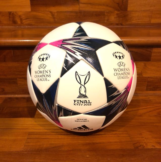 compromiso Esmerado Primitivo  Adidas Official Match Ball Finale Kiev Women's Champions League Rare,  Sports, Sports & Games Equipment on Carousell