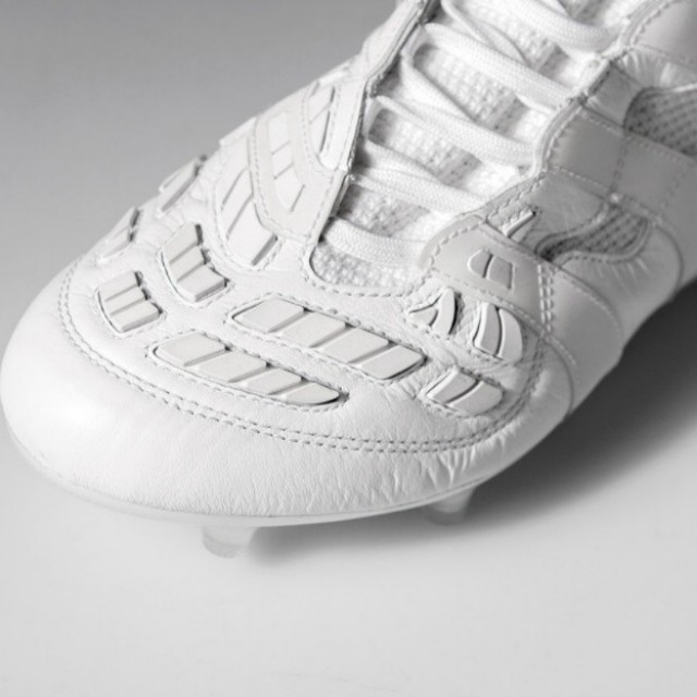 on sale f1ad5 dd602 Adidas Predator Accelerator Beckham Capsule Collection - Triple White,  Mens Fashion, Footwear on Carousell