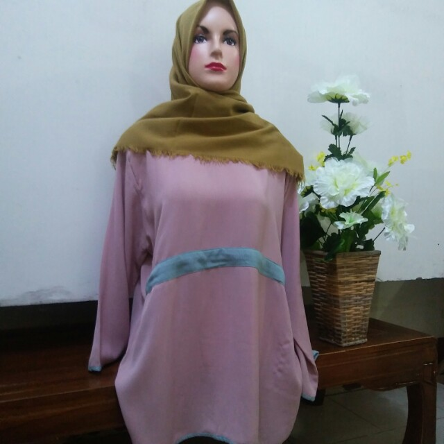 Blouse salem list biru