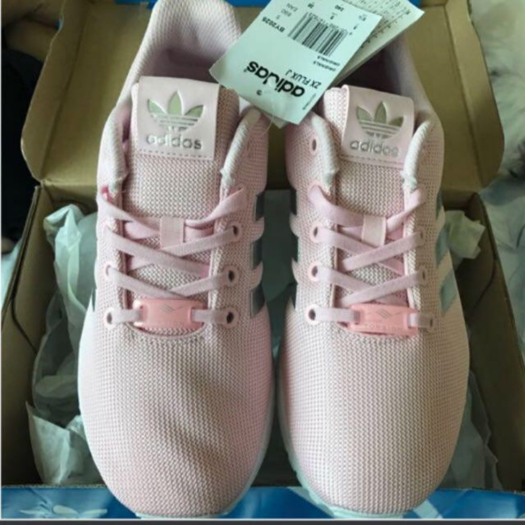 fd35285286bc6 BNIB Adidas Originals ZX Flux