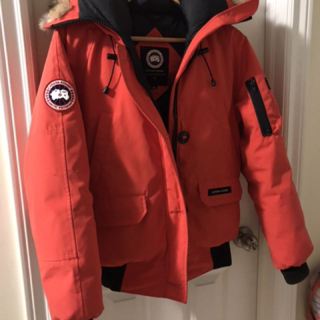 Canada Goose ladies Medium