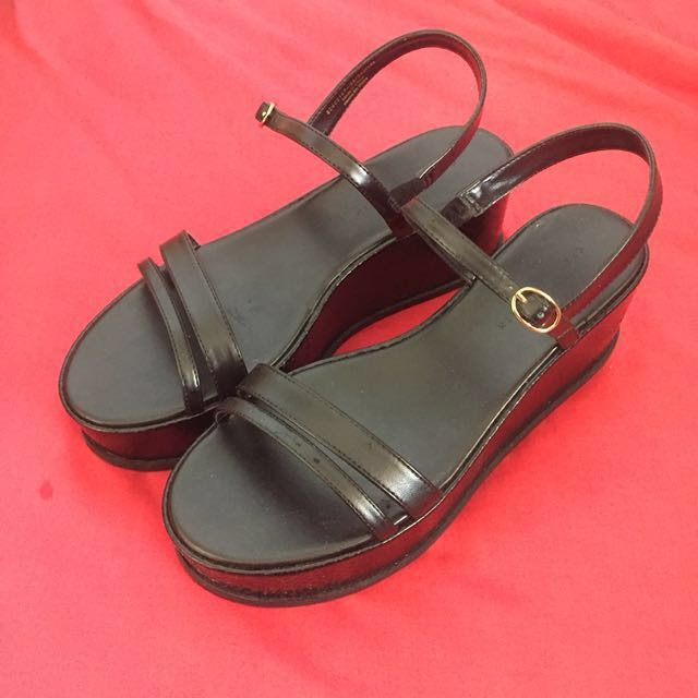 1955e42bce8 Charles and Keith Black Strappy Platform Flatform Wedges Sandals ...