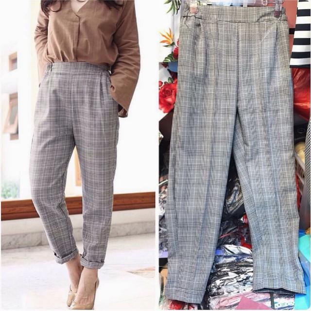 Chino Pants B3rshka Women S Fashion Women S Clothes On Carousell